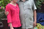 Vợ trẻ ngỡ ngàng vì chồng ngoài 80 vẫn